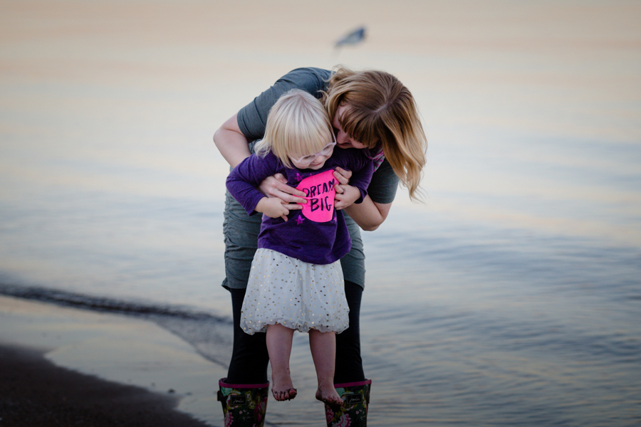 evanston-family-photographer-lighthouse-beach-jbdfam-26