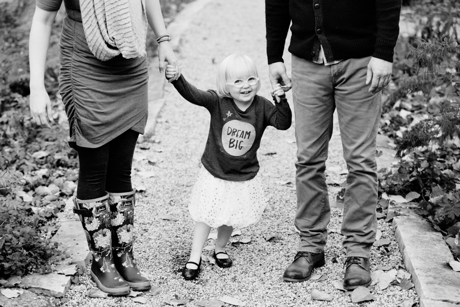 evanston-family-photographer-lighthouse-beach-jbdfam-5
