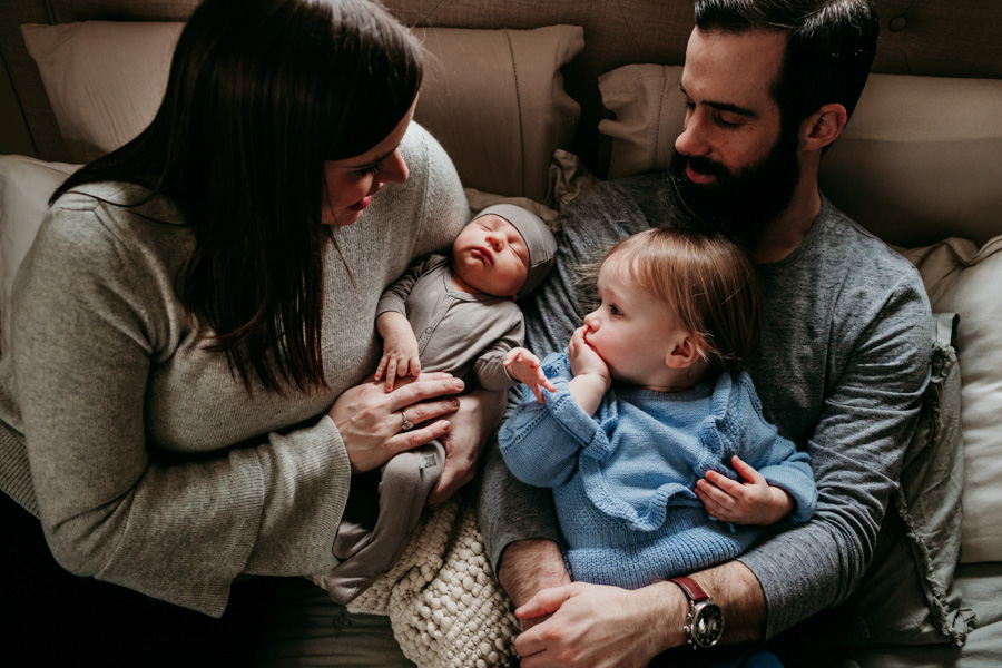 Evanston Newborn Indoor Lifestyle Session